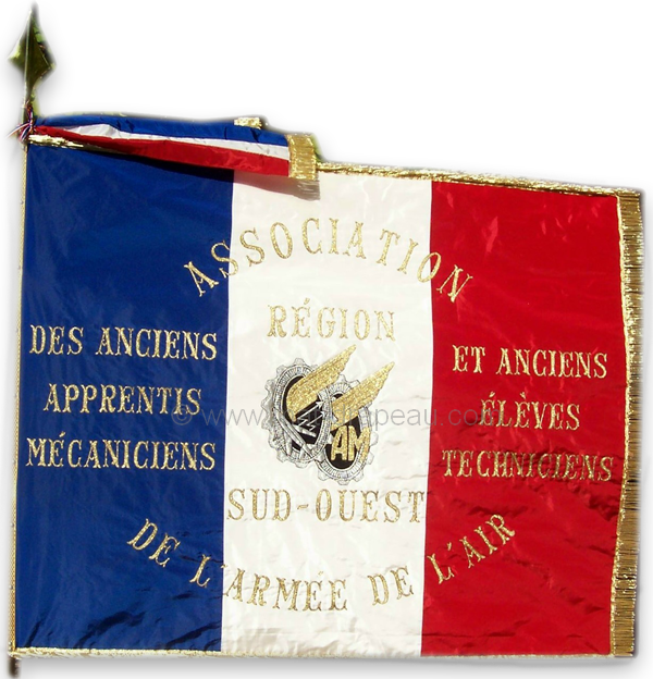 Drapeaux associations civiles