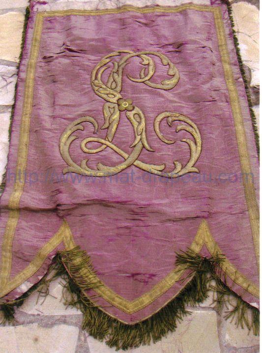 Drapeaux associations religieuses: rénovation