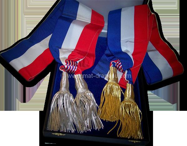 Articles cérémonies et fêtes : écharpe tricolore