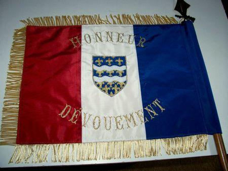 drapeau sapeur pompier - Seine et Marne hampe et pointe