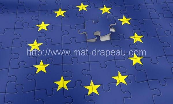 Drapeau européen - drapeau fond azur, douze étoiles d'or